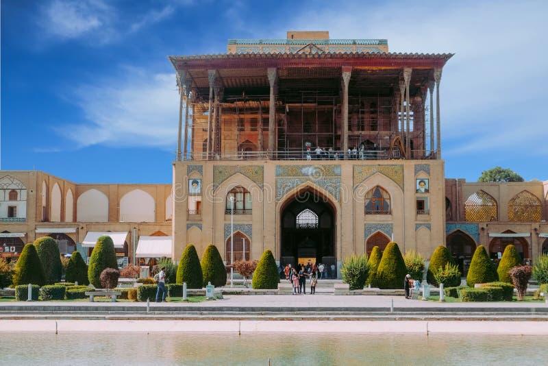 Παλάτι του Ali Qapu στο τετράγωνο naqsh-ε Jahan Ισφαχάν, Ιράν στοκ εικόνα