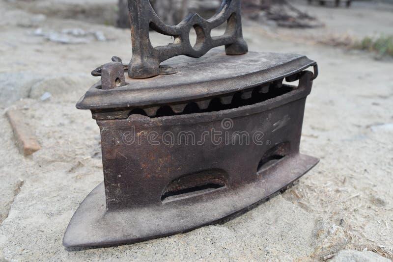Παλαιός σίδηρος μουσείων σκονισμένος και τραχύς στοκ φωτογραφίες με δικαίωμα ελεύθερης χρήσης