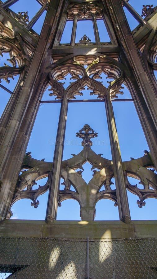 Παράθυρο του πύργου μοναστηριακών ναών ulm στοκ φωτογραφίες