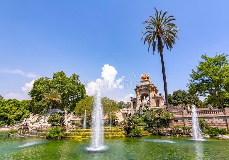 Πηγή καταρρακτών στο πάρκο Ciutadella, Βαρκελώνη, Ισπανία στοκ εικόνες