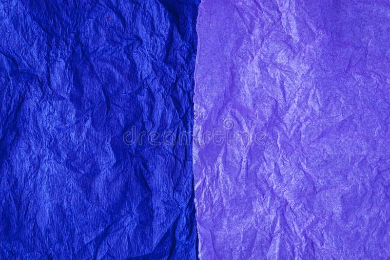 Πολύχρωμο τσαλακωμένο πραγματικό ζωηρό υπόβαθρο σύστασης φύλλων εγγράφου Μπλε, ροδανιλίνη στοκ φωτογραφία με δικαίωμα ελεύθερης χρήσης