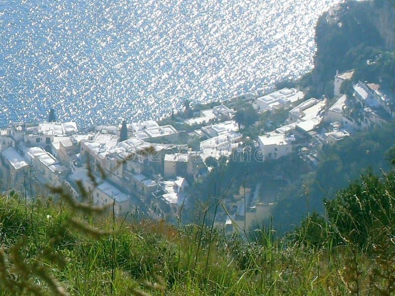 Πορεία των Θεών, Positano άνωθεν στοκ εικόνα