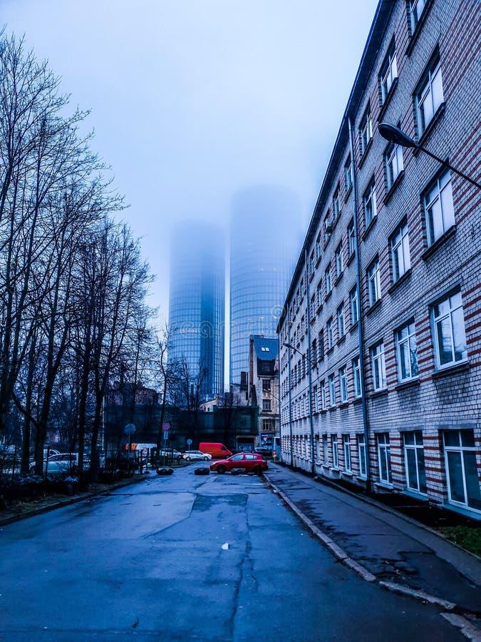 Πύργοι της Ρήγας, άποψη πρωινού πόλεων το χειμώνα στοκ φωτογραφίες