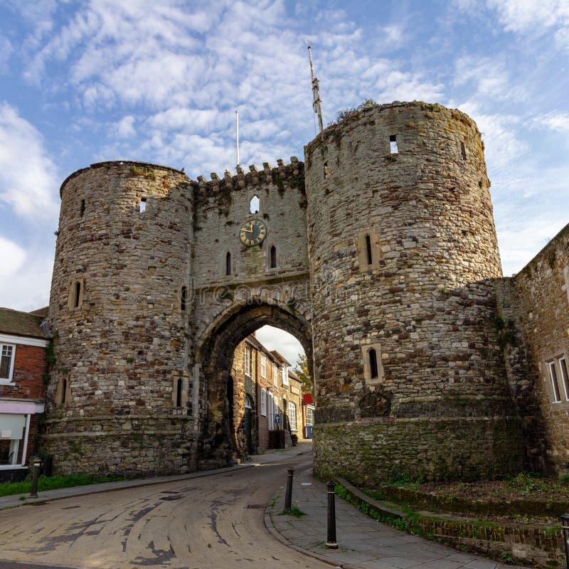 Πύργοι Landgate στη σίκαλη, ανατολικό Σάσσεξ, Αγγλία στοκ εικόνες