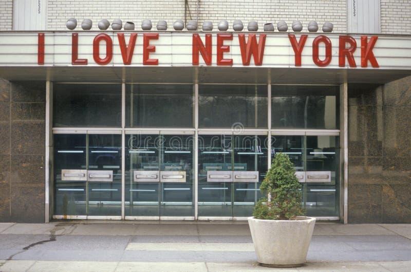 ï¿ ½ älskar jag ny Yorkï ¿ ½ undertecknar in Columbus Circle, New York City, NY royaltyfria bilder