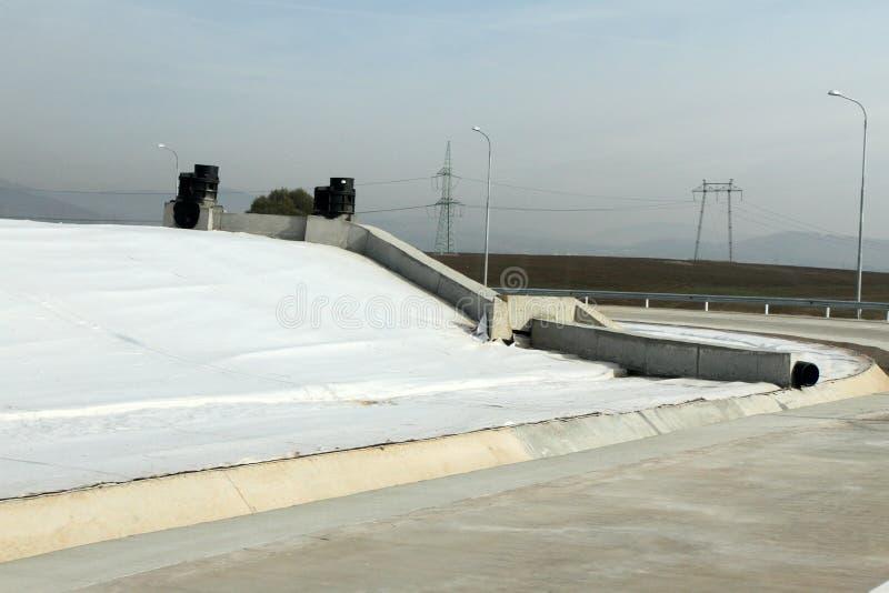 Тhe-Müllgrube für nicht-gefährlichen überschüssigen Abfall bei Yana, Kremikovtzi, Bulgarien Abfall abgeleiteter Brennstoff RDF-B stockfotos