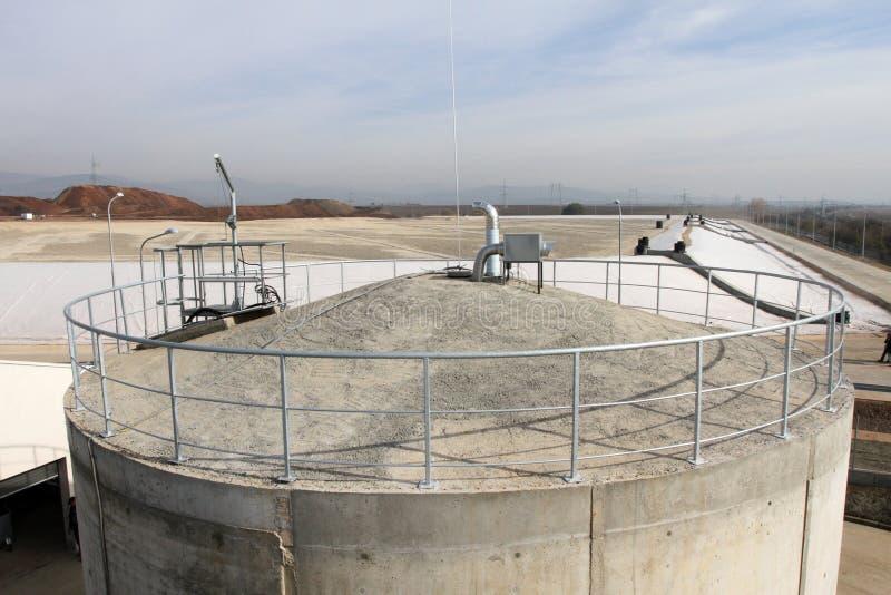 Тhe-Müllgrube für nicht-gefährlichen überschüssigen Abfall bei Yana, Kremikovtzi, Bulgarien Abfall abgeleiteter Brennstoff RDF-B lizenzfreie stockfotos