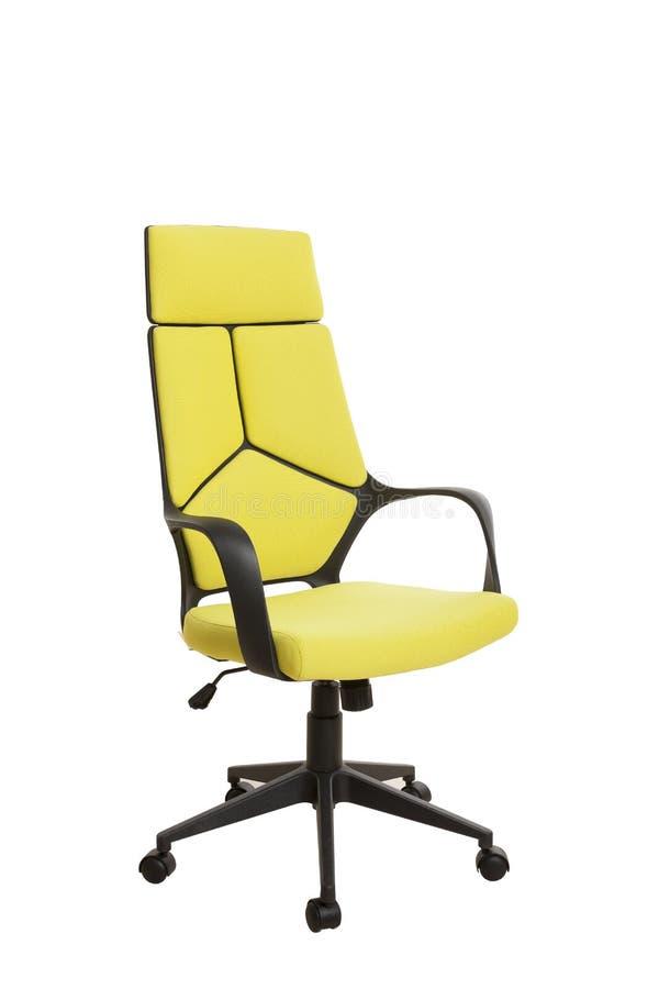 Тhree-fjärdedelar beskådar av en modern kontorsstol, gjort av svarta plas arkivfoton