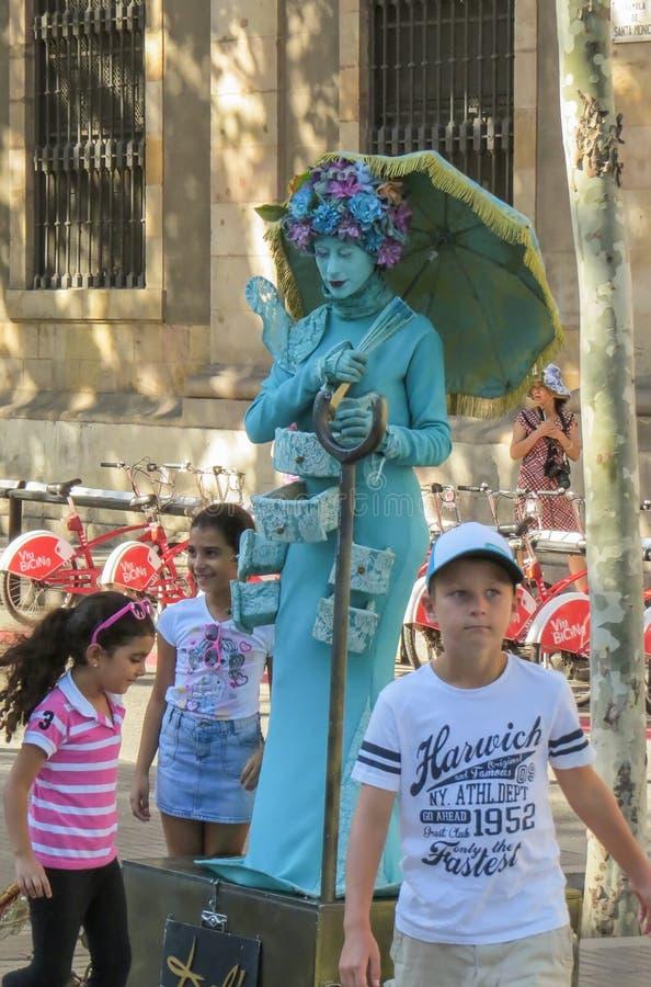 """УРhet"""" Las Ramblas † а Ð ² Ð 'Ð°Ñ€Ñ  Ð?Ð"""" Ð ¾ Ð ½ е van Ð¸Ñ Straatlas ramblas in Barcelona, levende beeldhouwwerken †‹â€ ‹ stock fotografie"""