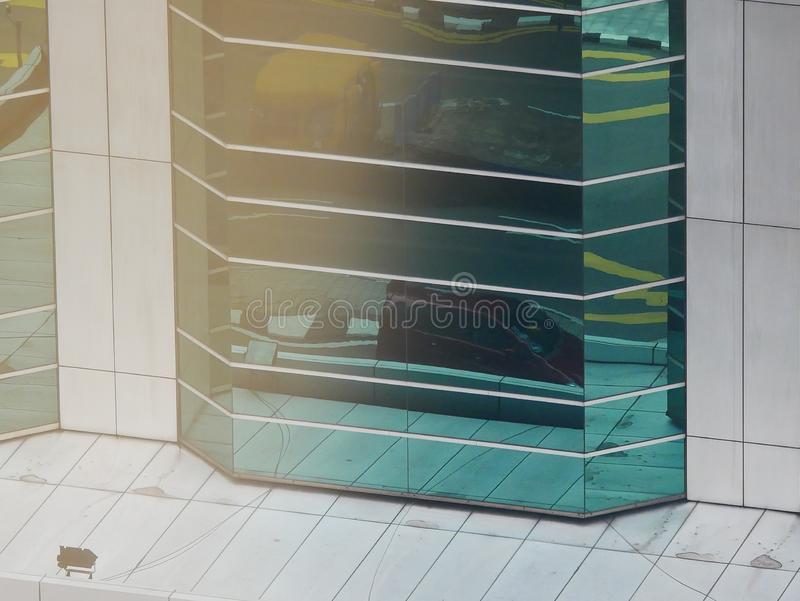 Абстрактные отражения зданий стоковые фото
