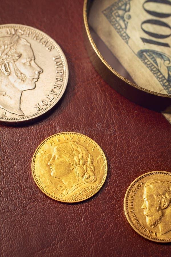 Античный крупный план монеток стоковые изображения rf