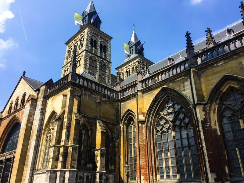 Базилика Святого Servatius на солнечный день Маастрихт, Нидерланды стоковое изображение rf