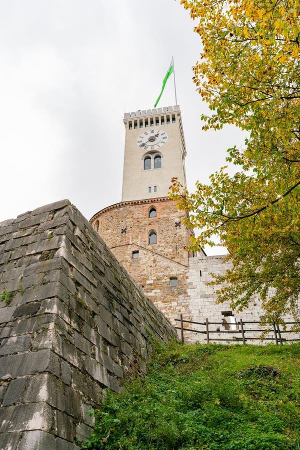 Башня с часами замка Любляны стоковое изображение