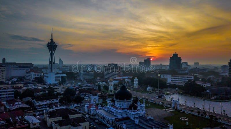 Башня Alor Setar одно из известного места, который нужно посетить Красивый ландшафт вида с воздуха в Kedah Малайзии стоковое фото rf
