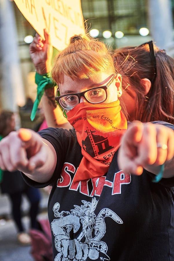 Буэнос-Айрес, c A B A , Аргентина - 8-ое марта 2019: женщины протеста 8M стоковые фото
