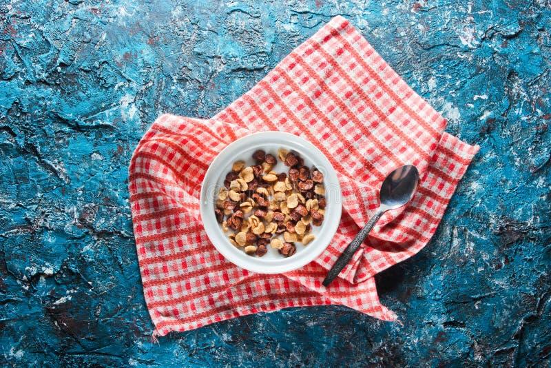 Быстрые корнфлексы завтрака стоковая фотография rf