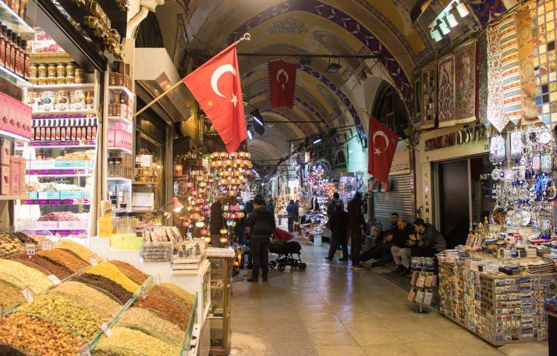 Большой благотворительный базар Стамбула в Турции стоковые фото