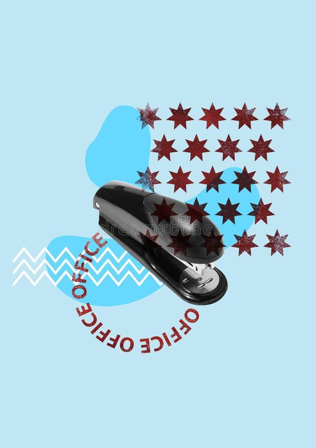 вахта пер офиса тетради принципиальной схемы Черный сшиватель на голубой предпосылке стоковые изображения rf