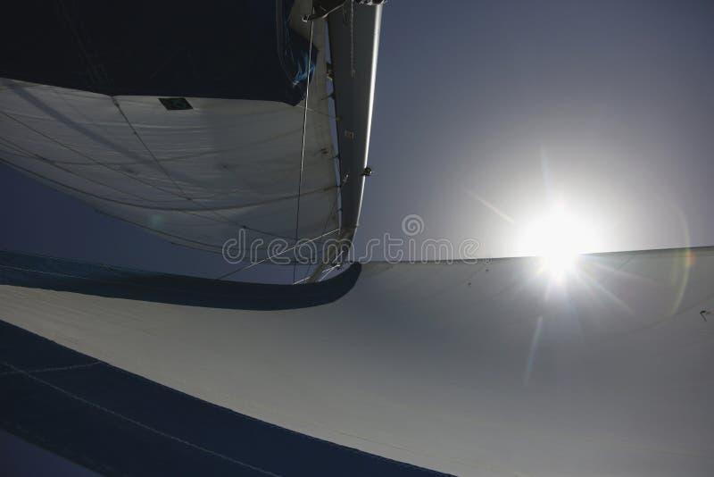 Ветрила и солнце стоковые изображения rf
