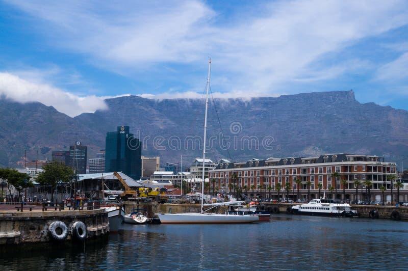 Взгляд гавани в портовом районе Виктория и Альфреда, Кейптауне стоковое фото rf