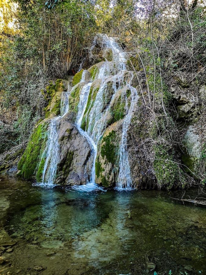 Взгляд главного водопада Ла Floresta стоковая фотография