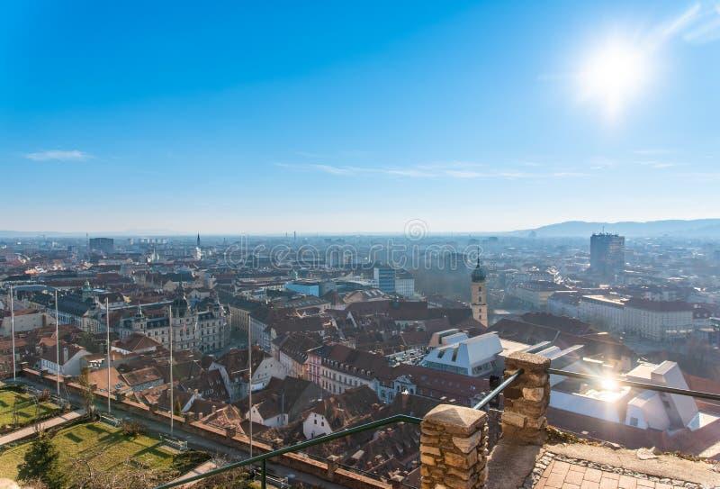 Взгляд города Грац от холма Schlossberg замка, назначения перемещения стоковая фотография rf