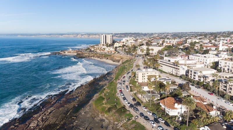 Взгляд побережья сверху в La Jolla, Калифорния стоковое изображение rf