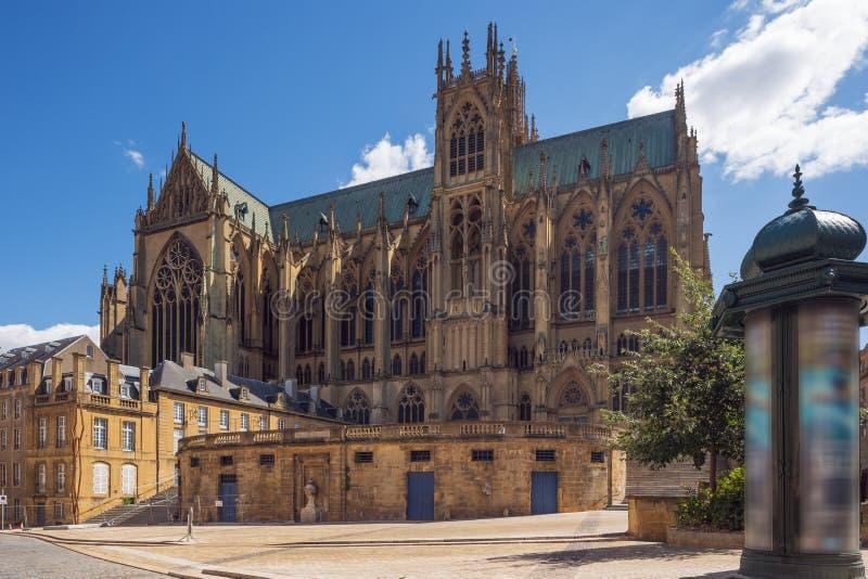 Взгляд со стороны собора Меца стоковое фото rf