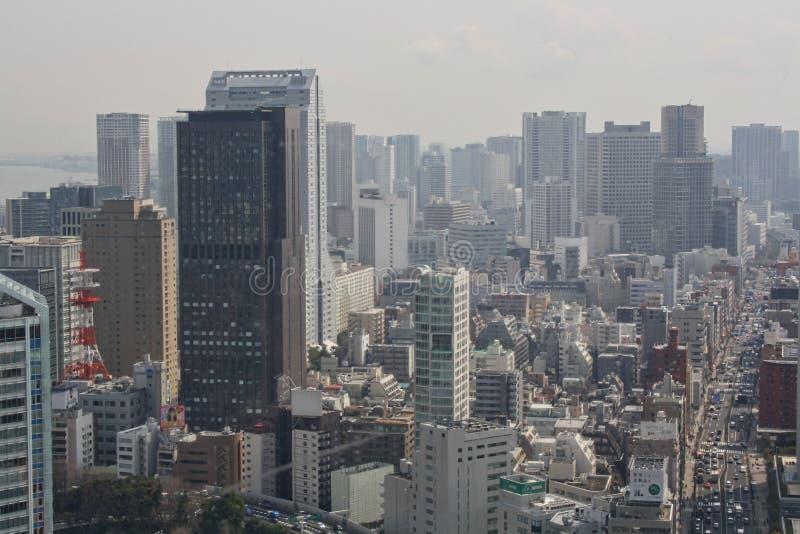 взгляд от небоскреба к городу Токио стоковые фото