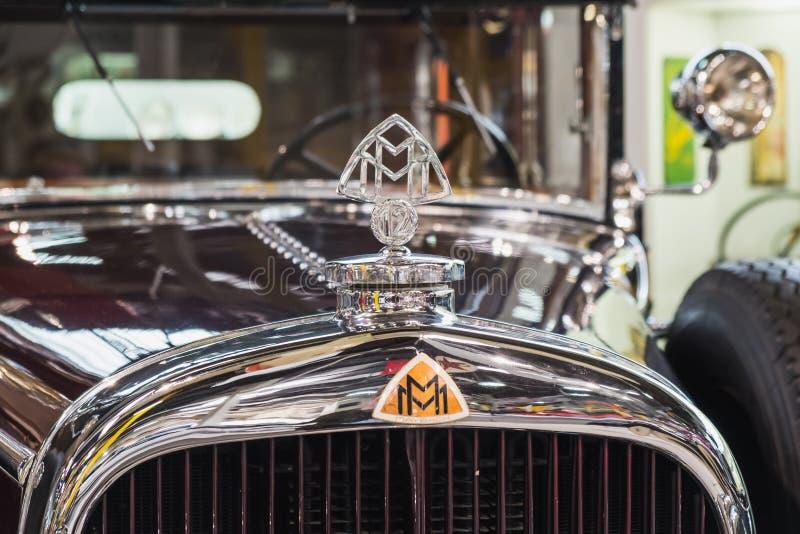 Винтажный автомобиль Зеппелина Maybach стоковые фотографии rf
