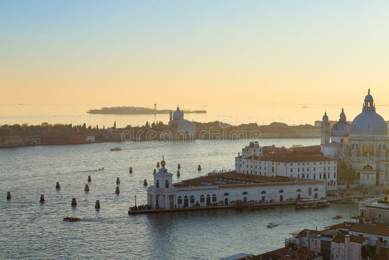 Вид с воздуха Венеции на зоре, Италия стоковое фото