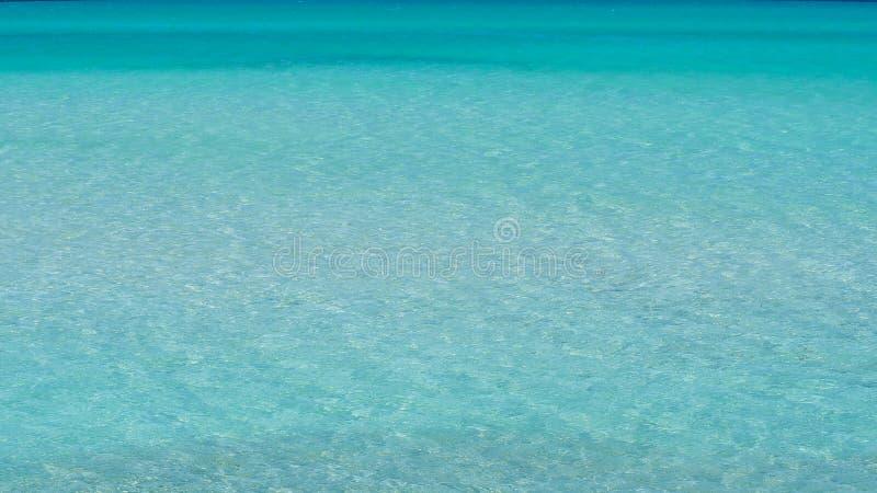 Вид с воздуха чудесного моря бирюзы, жемчуг Майорка среднеземноморского стоковые фотографии rf