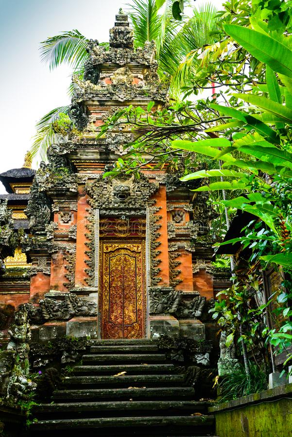 Висок Raditional старый священный в Ubud Бали Индонезии стоковое фото
