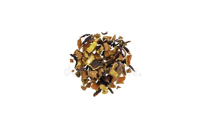 Высушенный чай, высушенный травяной, зеленый, черный чай и чай плода на белой предпосылке изолировано стоковые изображения
