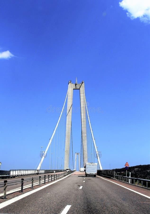 Высокий мост побережья над рекой Ã… ngermanälven стоковые фото