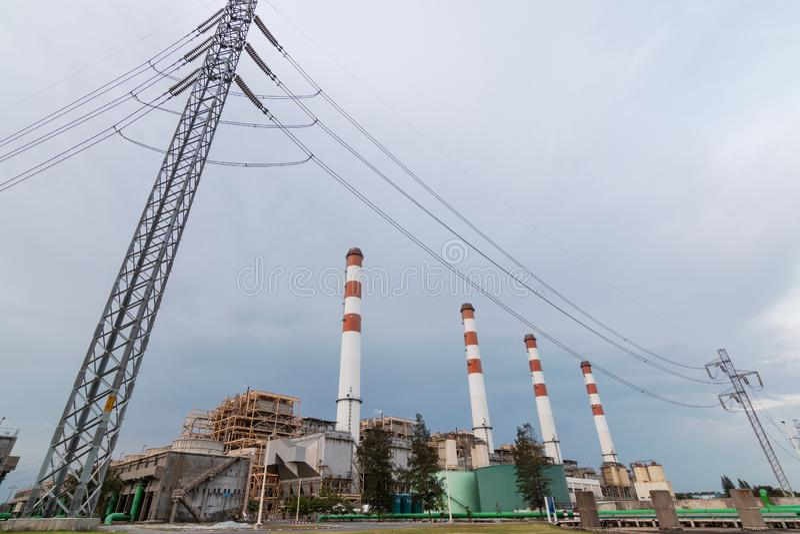 восходящий поток теплого воздуха силы завода центрального отопления стоковые изображения