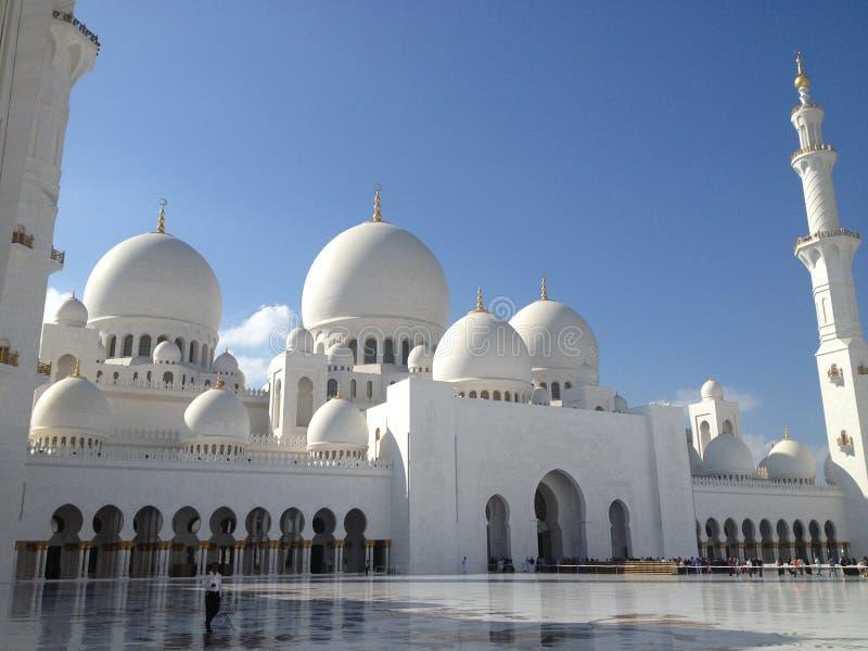 грандиозный zayed шейх мечети стоковая фотография rf