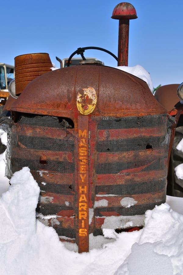 Гриль трактора Massey Херрис старый стоковое изображение rf