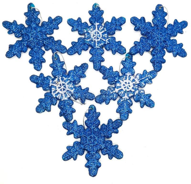 Голубые украшения рождества в составе стоковые изображения rf