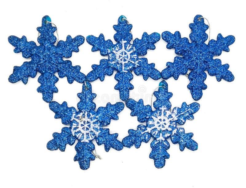 Голубые украшения рождества в составе стоковые изображения
