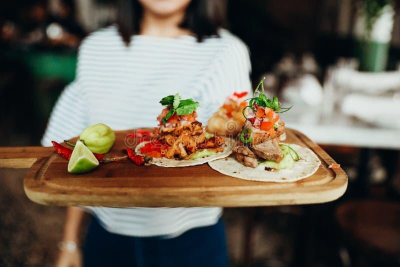 еда в Casco Viejo, части 120 Панамы стоковые фотографии rf