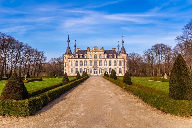Замок Poeke в Бельгии стоковые фотографии rf