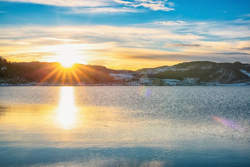 Заход солнца на фьорде Тронхейма стоковое фото