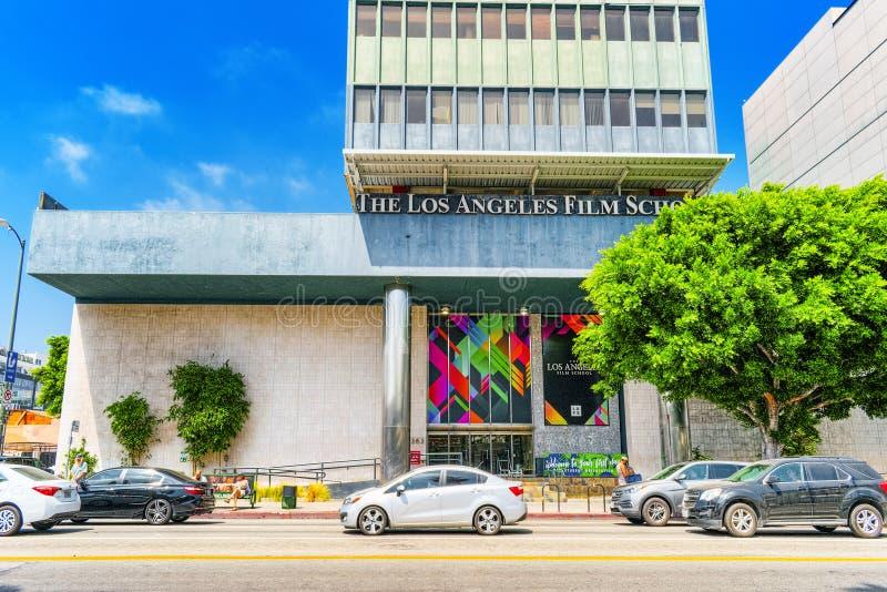 Известные бульвар Голливуд и киношкола Лос-Анджелеса стоковая фотография