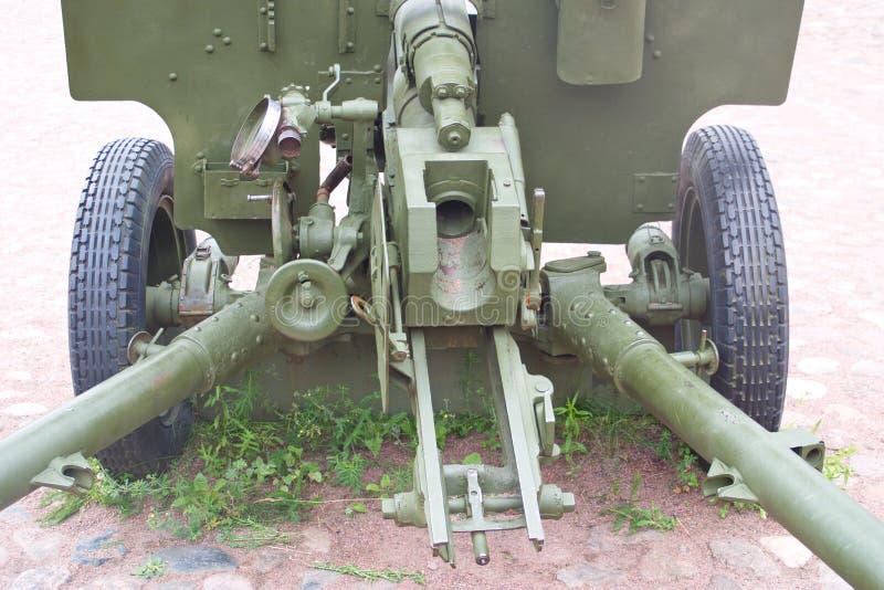 Изображение Совета части оружие разделения 76 mm противотанковое стоковая фотография