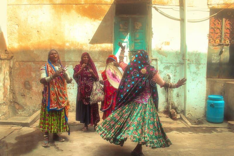 Индийская танцуя форма стоковая фотография rf