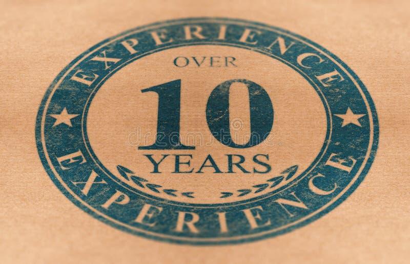 Испытанные человек или компания, над 10 летами опыта бесплатная иллюстрация