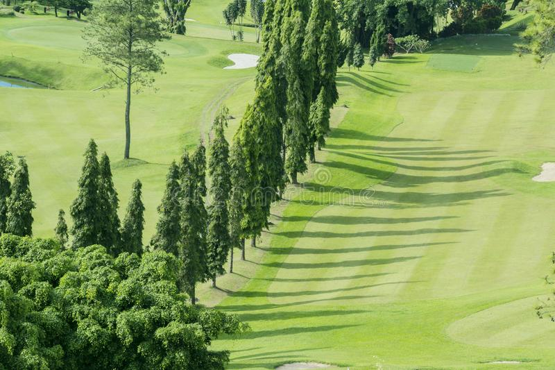Красивый воздушный ландшафт поля для гольфа стоковое изображение rf