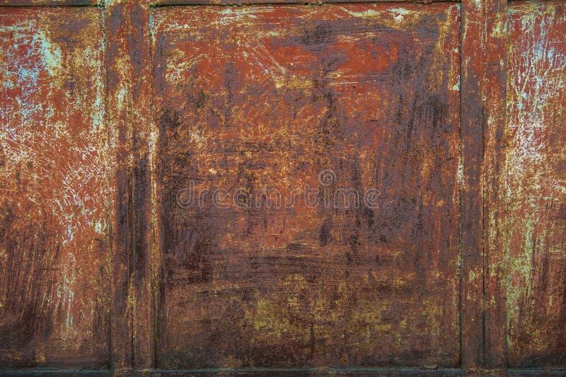 краска металла предпосылки слезая ржавую белизну текстуры стоковое фото rf