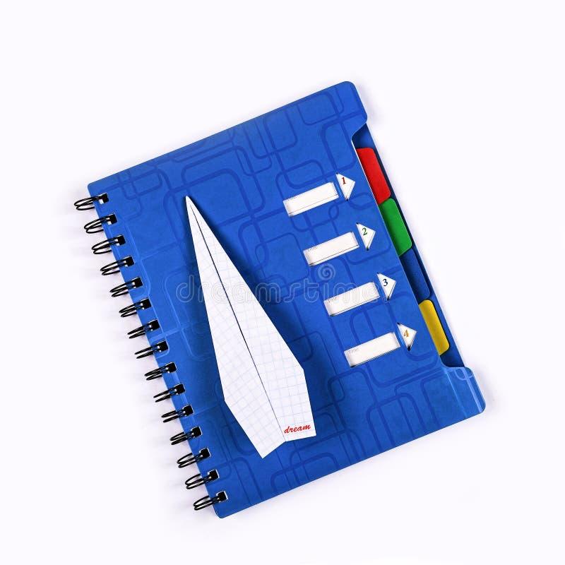 Концепция, мечта, достижение цели, новые идеи, бумажный самолет стоковая фотография rf